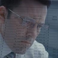 """Ruošdamasis """"Sąskaitininko"""" vaidmeniui B. Affleckas apsigyveno su autistais ir priaugo daug svorio"""