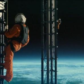 """Filmo """"Ad Astra"""" anonse Bradas Pittas leidžiasi į kosminę misiją"""