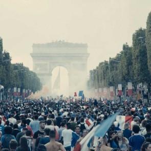 """Juosta """"Les misérables. Vargdieniai"""": šiuolaikinė daugiatautė Prancūzijos realybė"""
